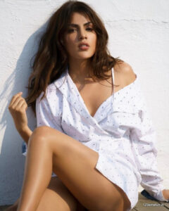 Mumbai Escorts Girls For Service At Low Cost