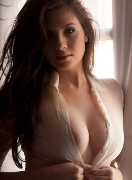 Escort Service In Vile Parle Available Contact Ritu Sharma Now.
